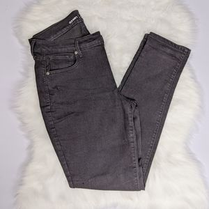 2/$25 Old Navy Curvy Mid-Rise Skinny Jeans